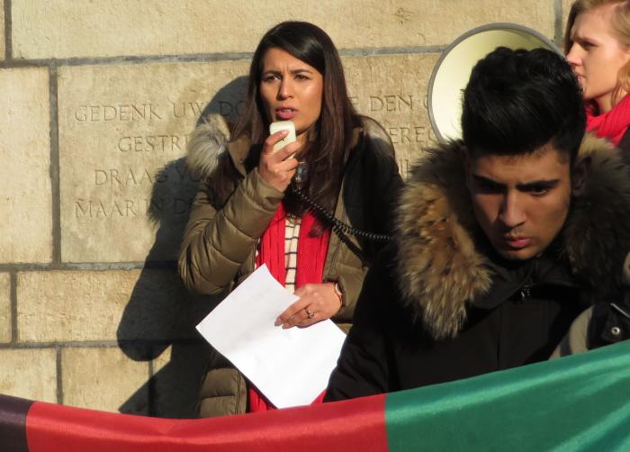 """Palwasha: """"Ik heb helemaal geen plek meer in de wereld, niet in Afghanistan, niet in Nederland""""."""
