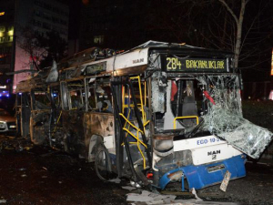 De opgeblazen bus.
