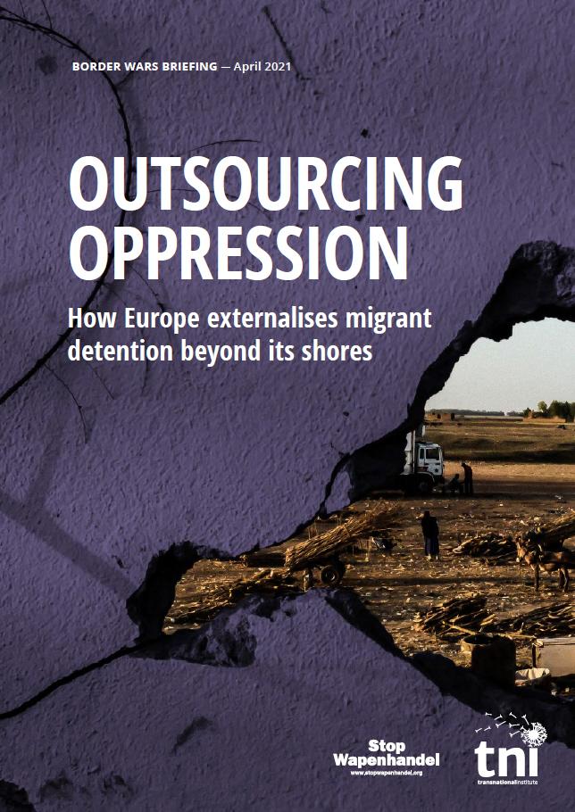 Cover van het rapport. Een muur met een gat waardoor je een armoedig landbouw tafereel kunt zien.