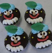 Blackface-cupcakes in een bakkerij.