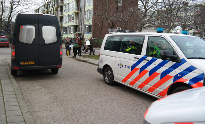 Lawaaiprotest bij politiebureau