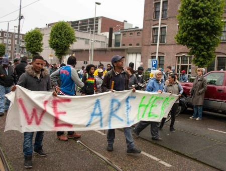 De demonstratie door de stad.