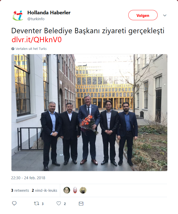 Deventer burgemeester omringd door Turkse fascisten