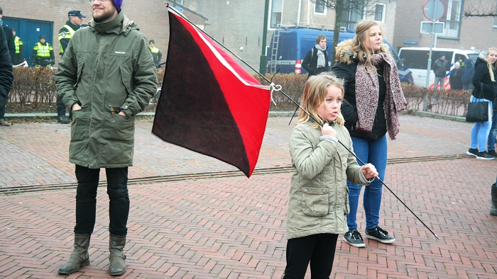 Fries meisje zet lange anarchistische strijdtraditie in de provincie voort