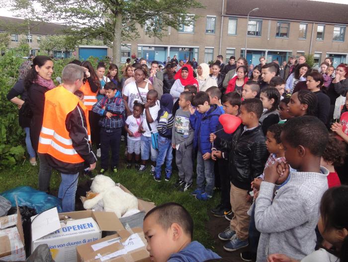Na afloop van de demonstratie kregen alle kinderen een knuffel mee.
