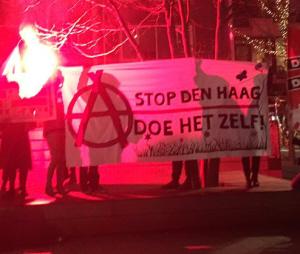 Aan het begin van de demonstratie.