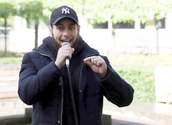 Spoken word artist Lev Avitan