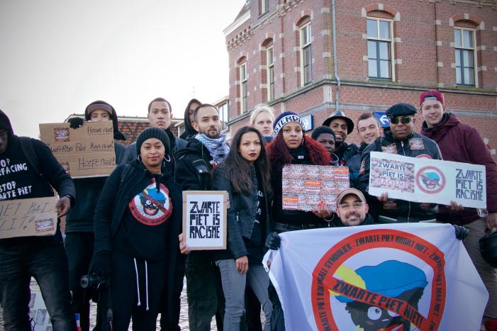 Opdat we ze niet vergeten: de actievoerders (in 2015) die het Pietendorp van mening hebben doen veranderen.