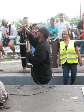 Toespraak tijdens de demonstratie. (foto: Eric Krebbers)