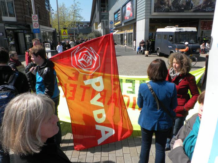 Bij gebrek aan een sociaal-democratische viering deden een paar PvdA-ers ook mee.