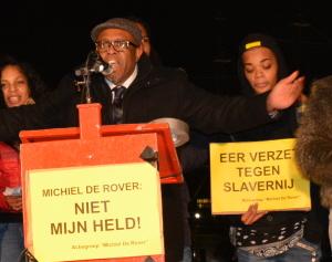 Rubenthin tijdens zijn toespraak.