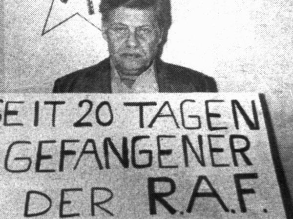 Schleyer tijdens zijn ontvoering.
