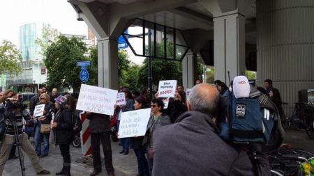 Protest van Gezi Solidariteit donderdag in Rotterdam.