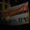 Een van de spandoeken bij de manifestatie.