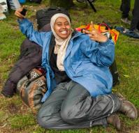Een van de vluchtelingen, in het park.