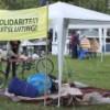 De verplicht open tenten van het Haagse actiekamp.