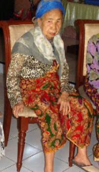 Een van de weduwen van Sulawesi.