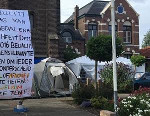 Vluchtelingententenkamp in Wormer.