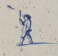 Figuurtje met een geheven 'slagplank' in de rechterhand en een 'pluimbal' in de lucht.